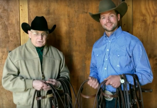 Ben Baldus and Dennis Moreland discussing snaffle bit types